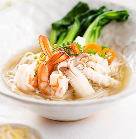 Sombok Kuy Teav with Seafood