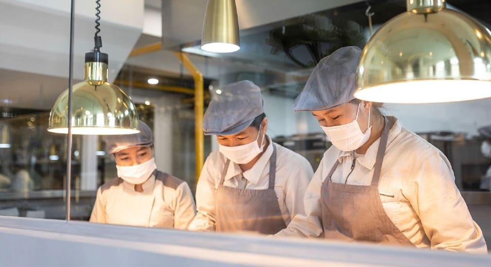 Sombok Restaurant Chefs
